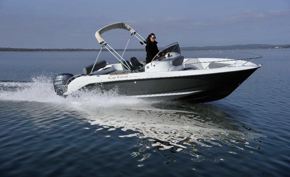 bateau_b2-marine-b2-marine-652-open-pearl-grey_1622414